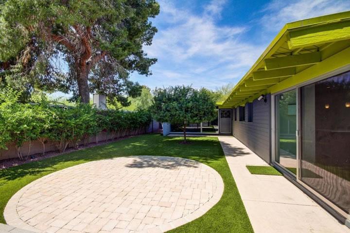 Mid Century Modern Marlen Grove Exterior Design Interior Design By Elle Int